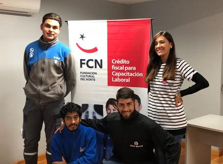 4 jóvenes ex-alumnos de FCN se insertaron laboralmente