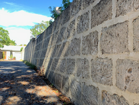 Structural engineering and construction requirements - building a brick wall or fence in Australia