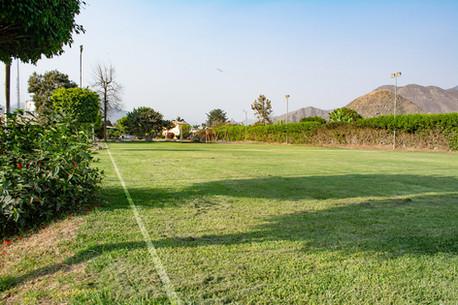 Cancha de futbol, BCM Perú.