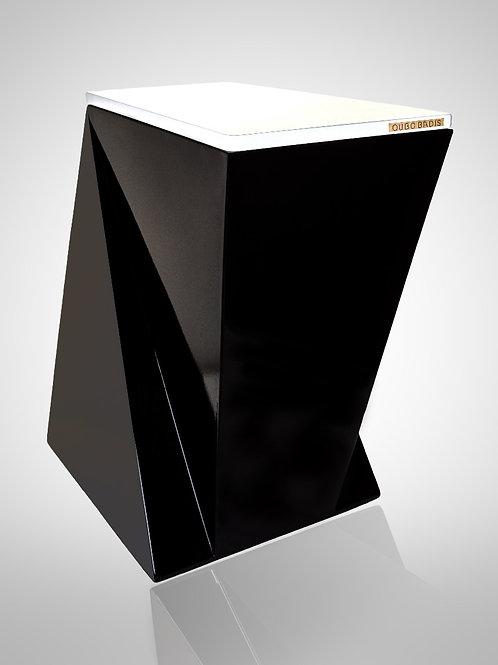 Decorative waste bin. Model DESIGN.me black:white