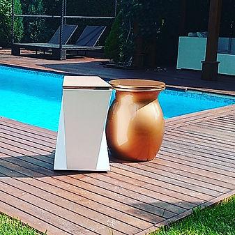 Cubos de basura de diseño. High decoration containers