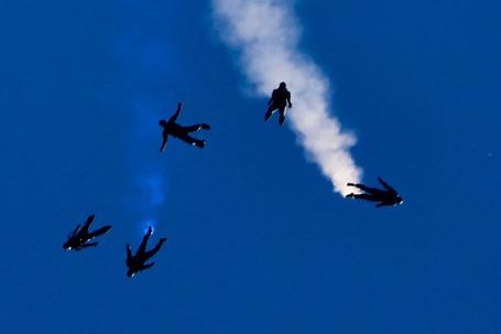 Parachuters