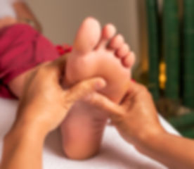 Acupressure, reflexology. Natural medici