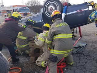 Rescue Academy Students Practice Vehicle Extrication