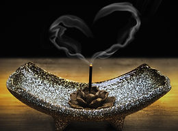 incense-2042096_1920_edited_edited.jpg
