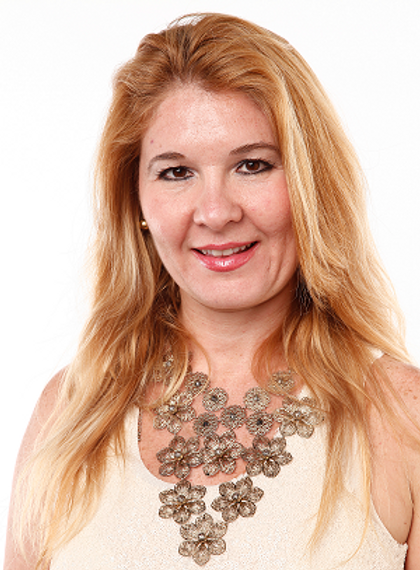 Claudia Cardillo - Coach - Coaching - Reiki - PNL - Assessoria de Estilo -