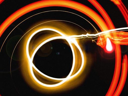Quarks e cromodinamica