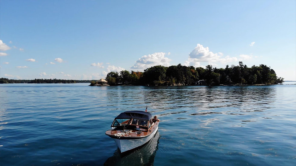 header_boat.jpg