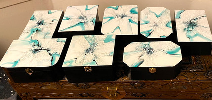 wandering web holiday gift boxes