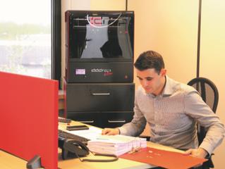 Construindo uma impressora 3D para engenheiros com ecossistema de projeto eletrônico integrado de SO