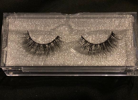 S.H.E. Cosmetics eyelashes