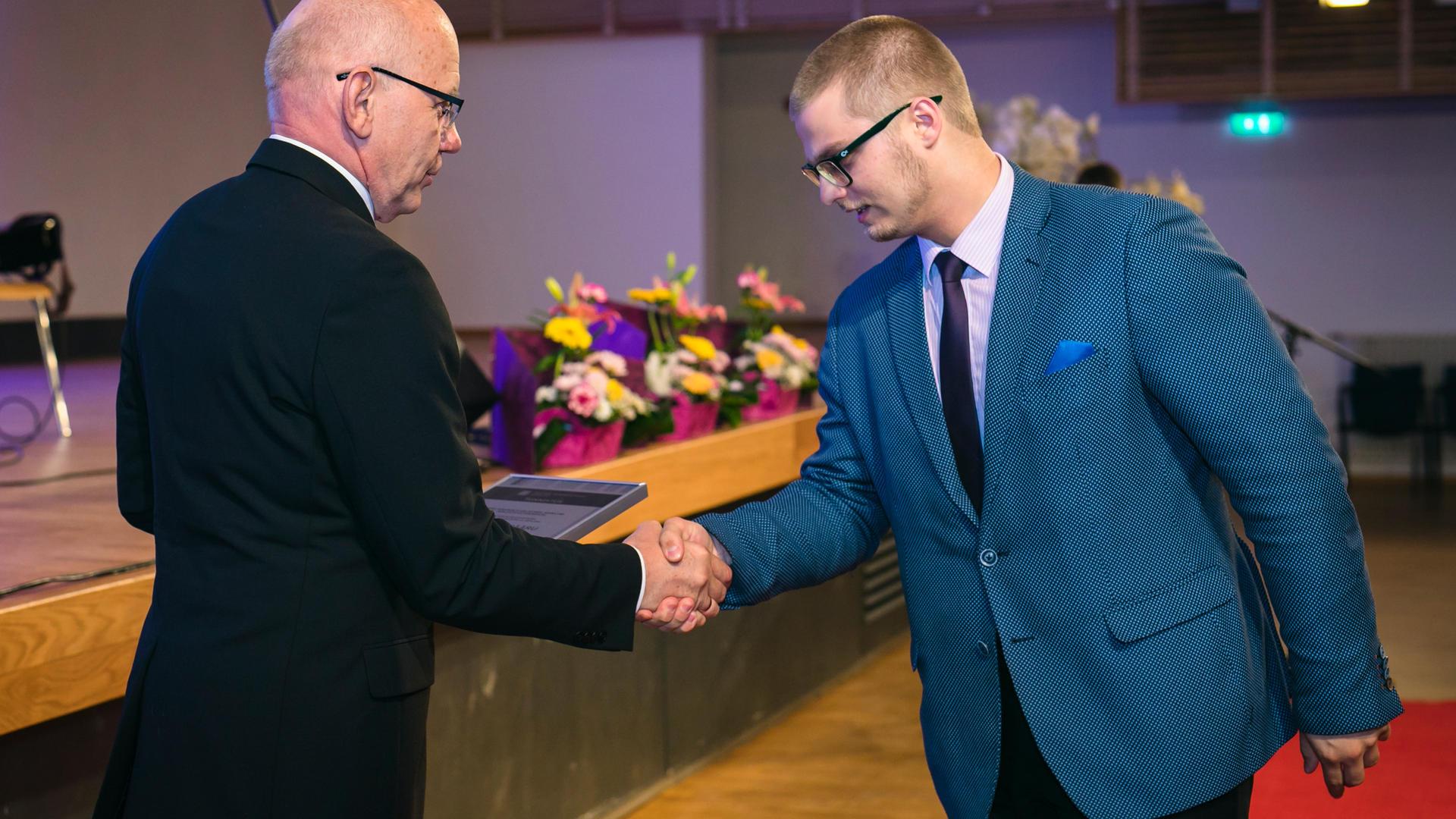 Raimond_Pääru_2017_Eelnurme_Fond.jpg
