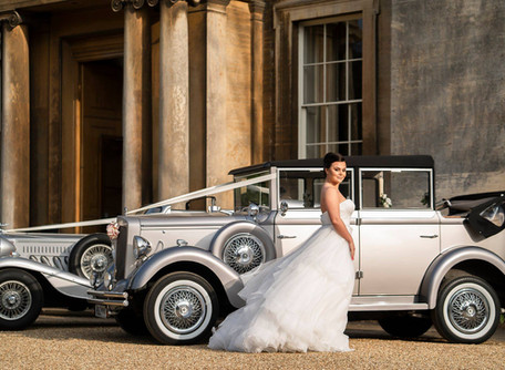Silver Vintage style Wedding Car Hire Scunthorpe