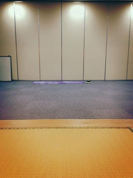 Facebook - 会議室を2部屋ブチ抜いて 今日もNo残業Day ヨガ開催‼︎