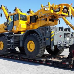 Grove GRT8100 Crane