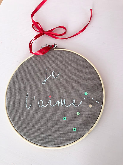 """Broderie """"je t'aime"""""""