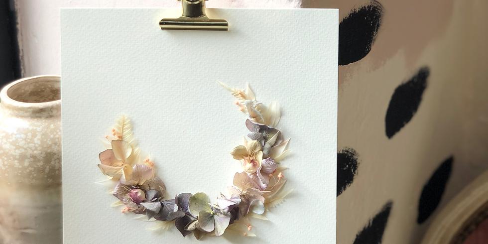 Atelier couronne de fleurs séchées sur papier aquarelle