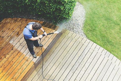 Garden maintenance - jetwashing patio- O