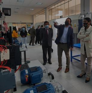 PMESUT entregó taller equipado de control, automatización y mecatrónica al instituto Simón Bolívar del Callao