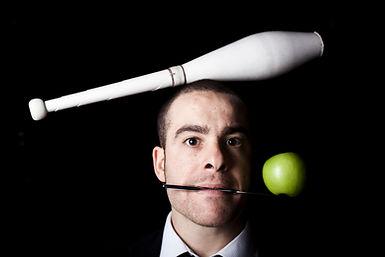 juggling head