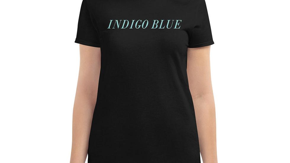 Women's Signature T-shirt (BLACK)