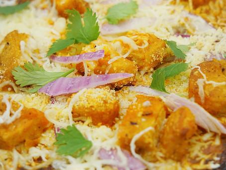 """Vegetarian BBQ """"Chicken"""" Cauliflower Pizza"""