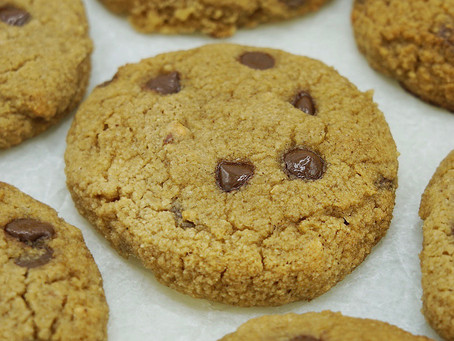 Soft Baked Chocolate Chip Cookies (low carb, grain free, dairy free)