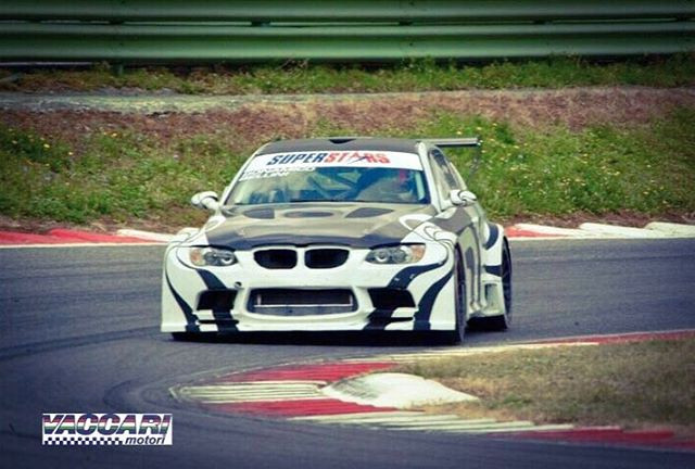 BMW M3 V8 Vaccari motori . Vallelunga