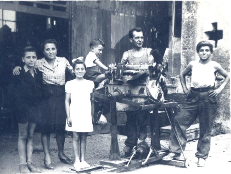 FAMIGLIA VACCARI MAGGIO 1942