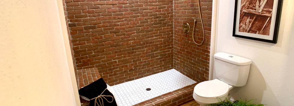 Floor to ceiling brick show