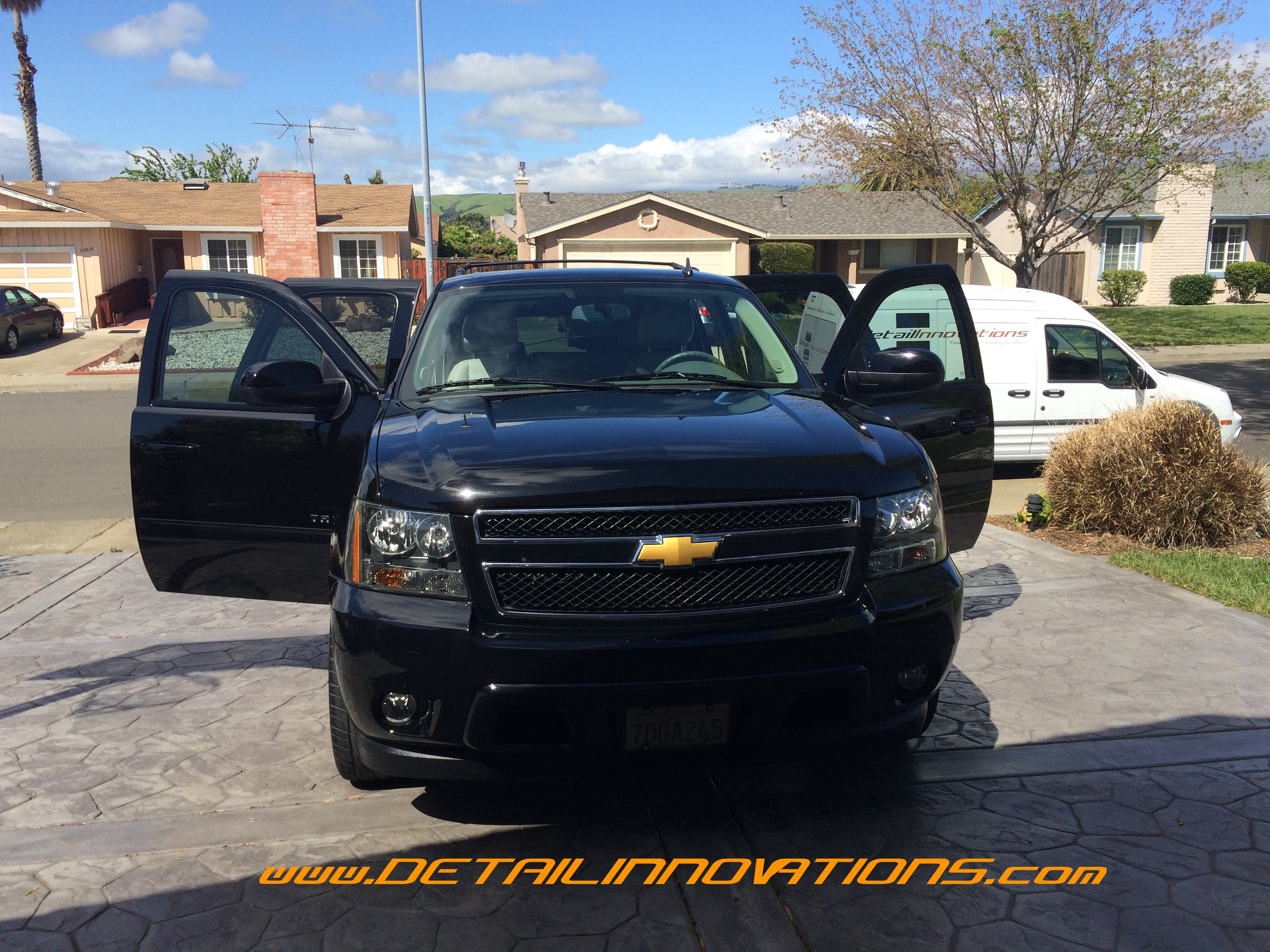 BLACK Chevy Tahoe