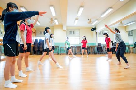 現代舞工作坊 — 中學外展巡迴