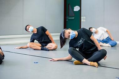 青少年現代舞工作坊及排舞課.JPG