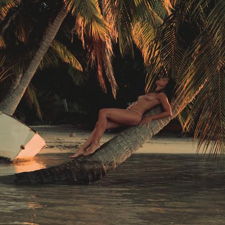 "SERIE photos - ""Sun dress"" from Tahiti"