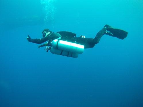 TDI Sidemount Diver