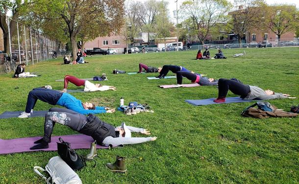 yoga intermediaire Entraine-moi 02.jpg