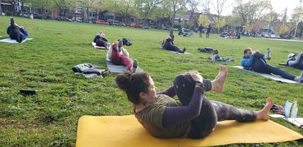 yoga intermediaire Entraine-moi 04.jpg