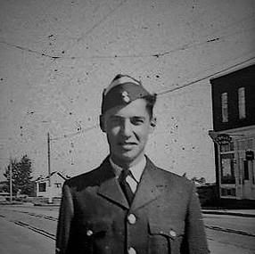 Dad RCAF Service 1942-46_0011.jpg