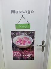 2Tür_Massage.jpg