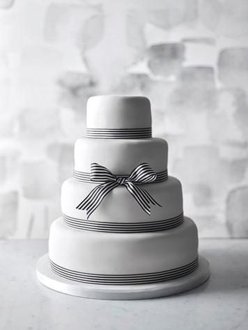 Waitrose & Partners Wedding Cakes Art Directed by Naomi Loweer 4_edited.jp