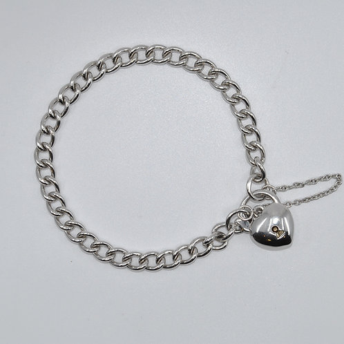 J009W 9ct White Gold Solid Curb Padlock Bracelet
