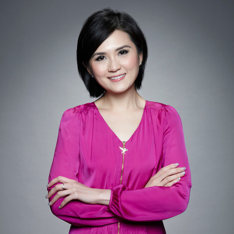 Yoee is a professional Master of Ceremony and has hosted over 700 events in Japanese, English, Putonghua and Cantonese.