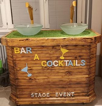 bar a cocktail1.jpg