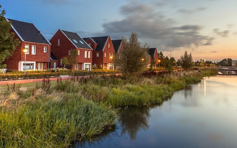 modern-eco-friendly-suburban-street-PDMD