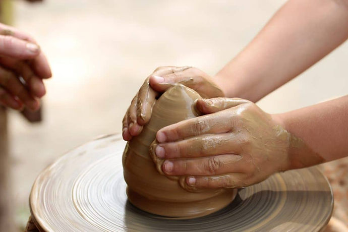 kids-pottery-wheel-1024x683-1-1024x683.jpg