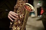 saxophone-3246650_1920.jpg
