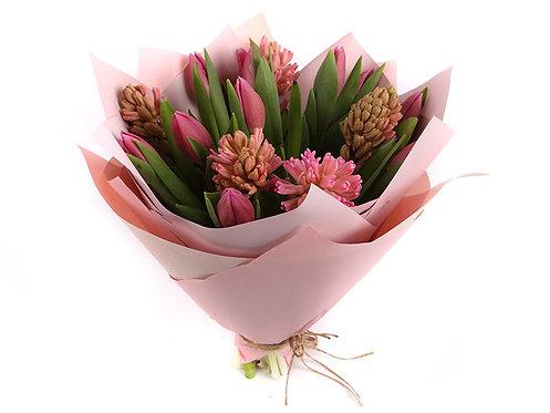 Сезонный букет №8 Розовая весна