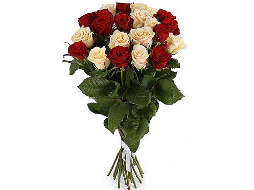 Букет из 21 розы, красно-белый микс