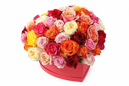 61 Роза-микс в коробке-сердце