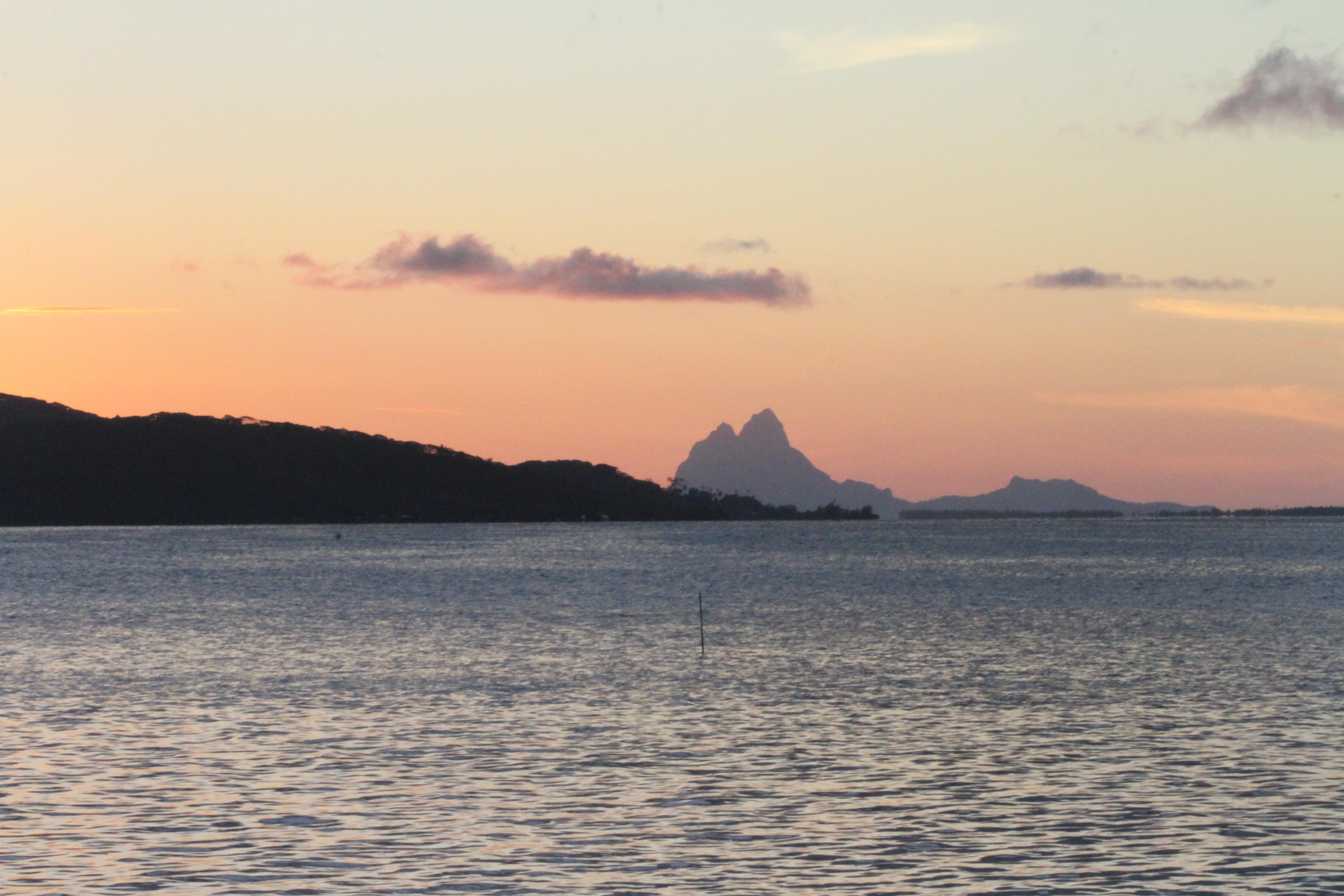 Coucher de soleil sur Bora-Bora